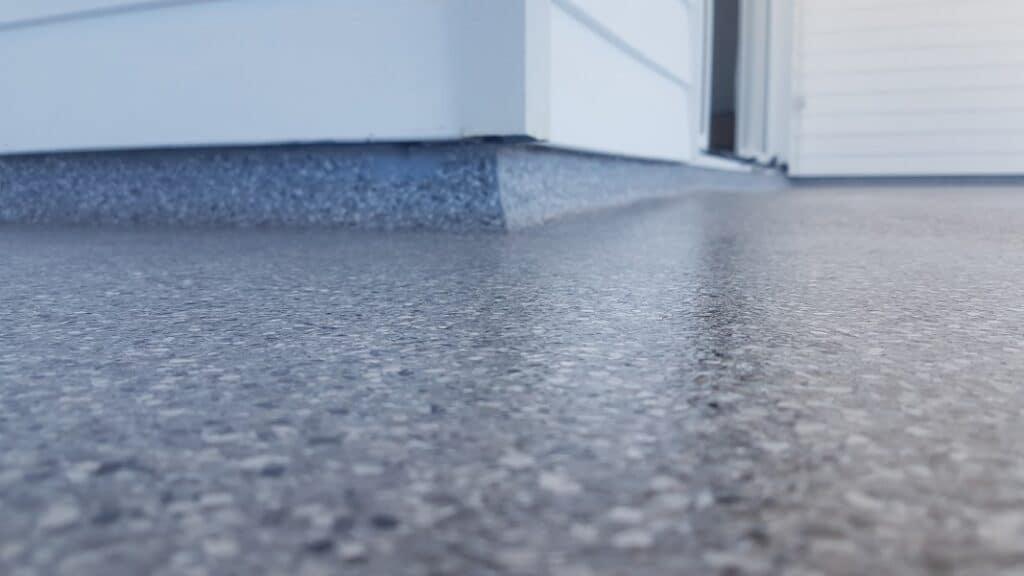 advantages of epoxy flooring